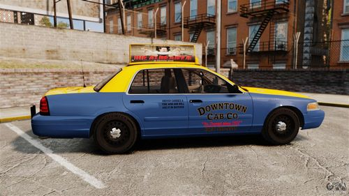 GTA 4 'Ford Crown Victoria 1999'