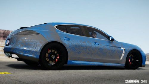 GTA 4 'Porsche Panamera Turbo 2010 (black edition)'